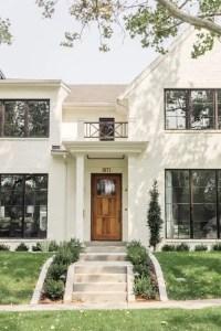 Modern farmhouse exterior design ideas 04