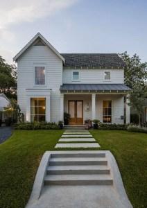 Modern farmhouse exterior design ideas 11