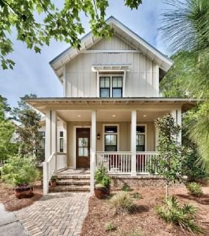 Modern farmhouse exterior design ideas 44