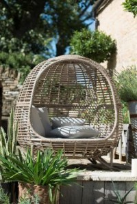 Minimalist furniture for your outdoor area 16