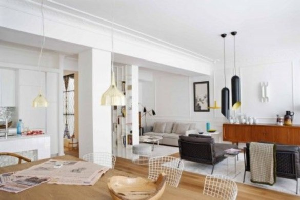 Design a living room in a small space that remains comfortablel 18