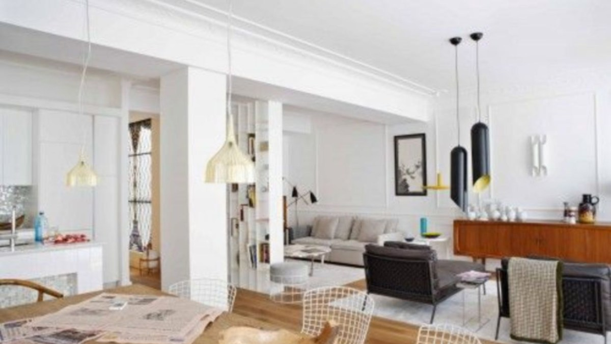 42 Design a Living Room in a Small Space That Remains Comfortable