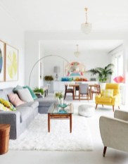 The design of the living room looks luxurious 17