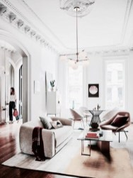 The design of the living room looks luxurious 39