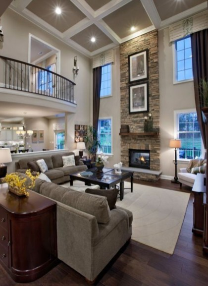 The design of the living room looks luxurious 40