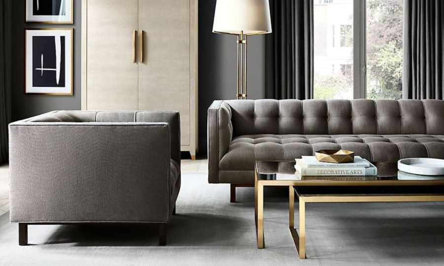 The design of the living room looks luxurious 51
