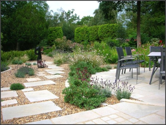 The best garden design for small areas 25