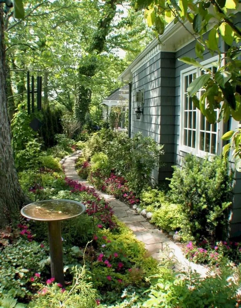 The best small home garden design ideas 18