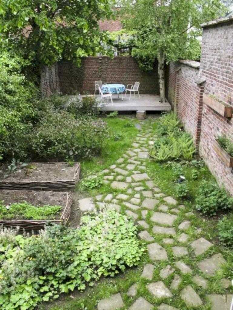 The best small home garden design ideas 46