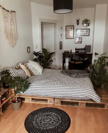 Cozy small bedroom ideas for your son 41