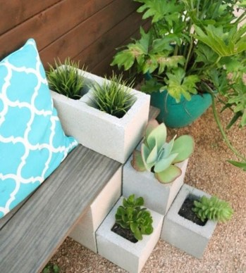7-cinder-block-succulent-bench