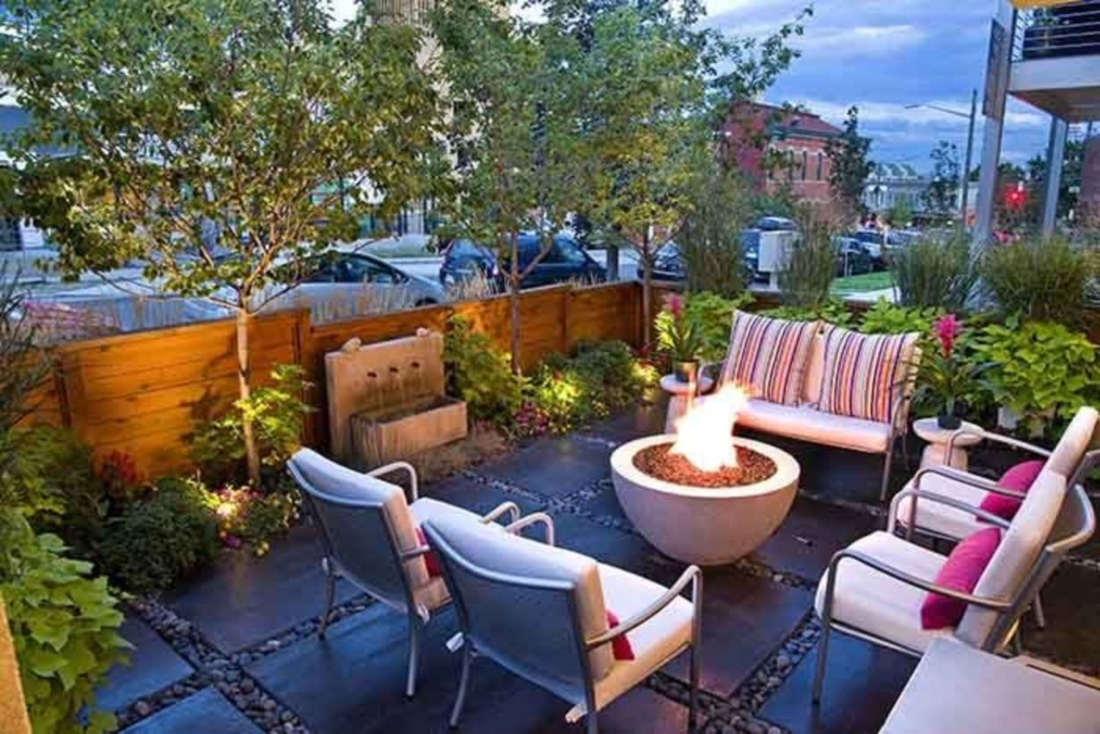 Backyard design for small areas that remain comfortable to relax 14