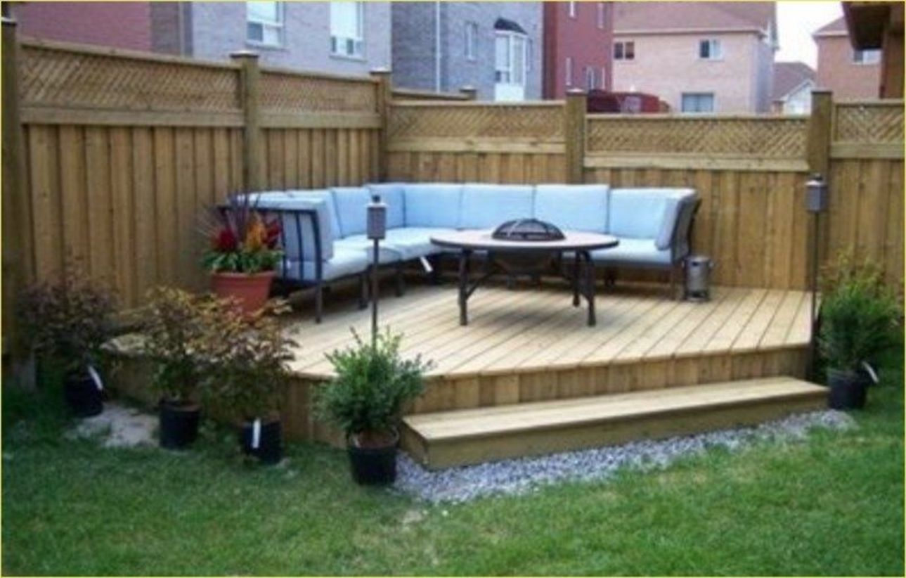 Backyard design for small areas that remain comfortable to relax 17