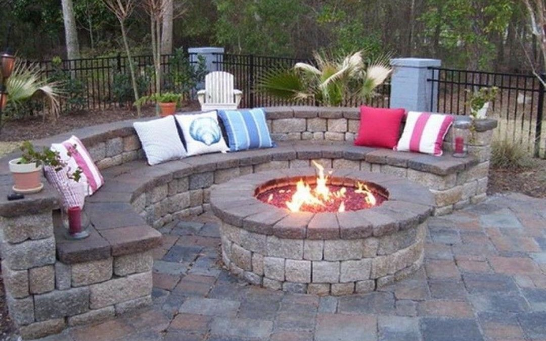 43 Backyard Design for Small Areas That Remain Comfortable to Relax