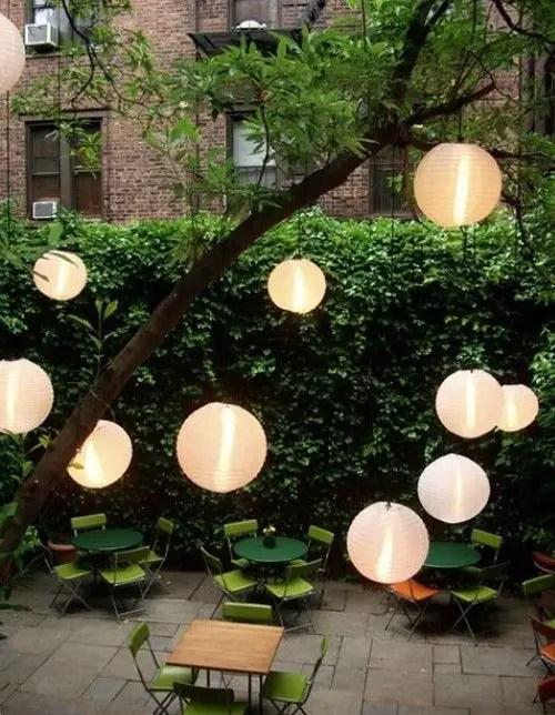 Garden lamp design ideas that make your home garden looked beauty 11