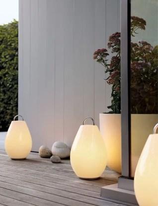 Garden lamp design ideas that make your home garden looked beauty 15