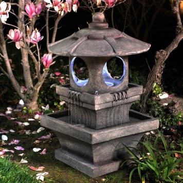 Garden lamp design ideas that make your home garden looked beauty 38