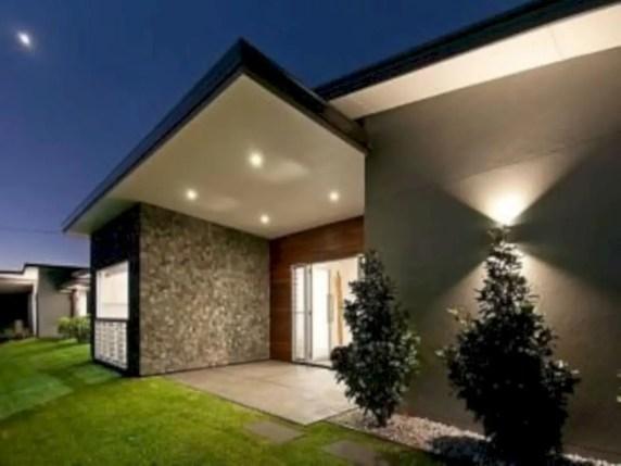 Garden exterior design ideas using grass that make your home more fresh 07