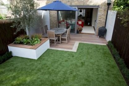 Garden exterior design ideas using grass that make your home more fresh 41