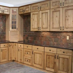 Rustic kitchen cabinet design ideas are very popular this year 37