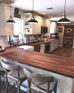 Rustic kitchen cabinet design ideas are very popular this year 38