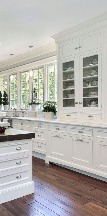 Rustic kitchen cabinet design ideas are very popular this year 39