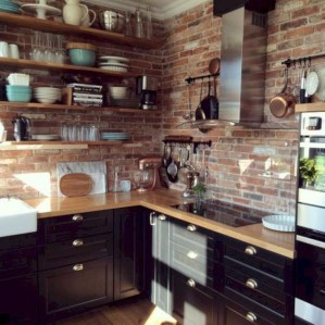 Rustic kitchen cabinet design ideas are very popular this year 46