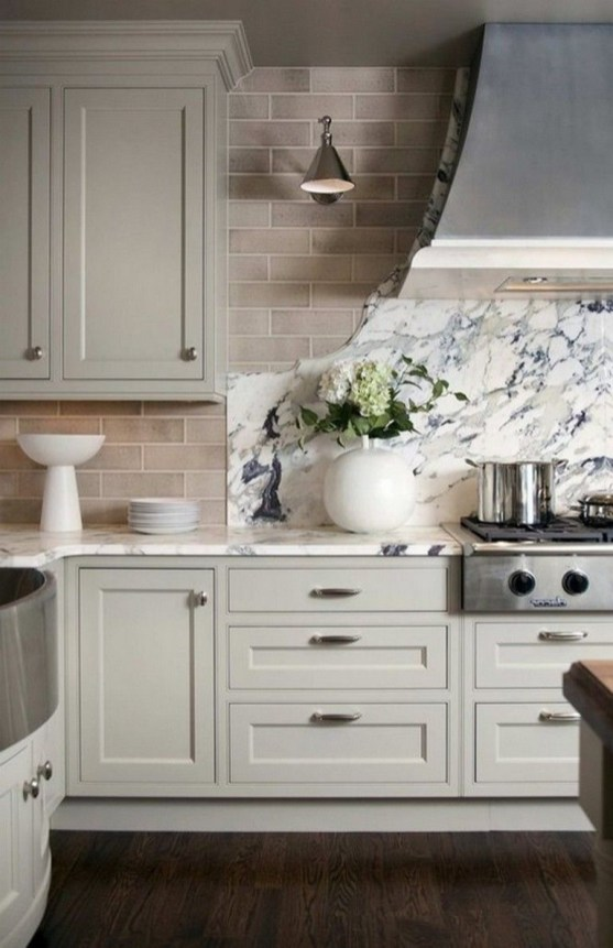 Rustic kitchen cabinet design ideas are very popular this year 56
