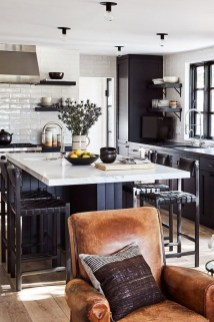 Simple kitchen design ideas that you can try in your home 34