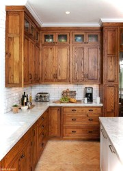 Simple kitchen design ideas that you can try in your home 44