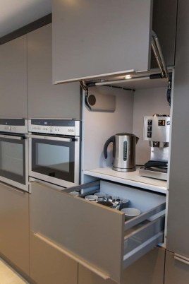 Simple kitchen design ideas that you can try in your home 47