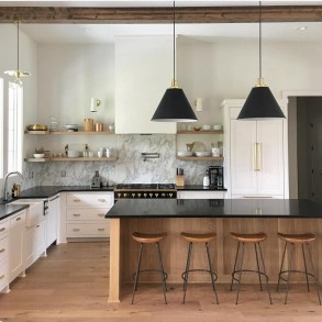 Simple kitchen design ideas that you can try in your home 51
