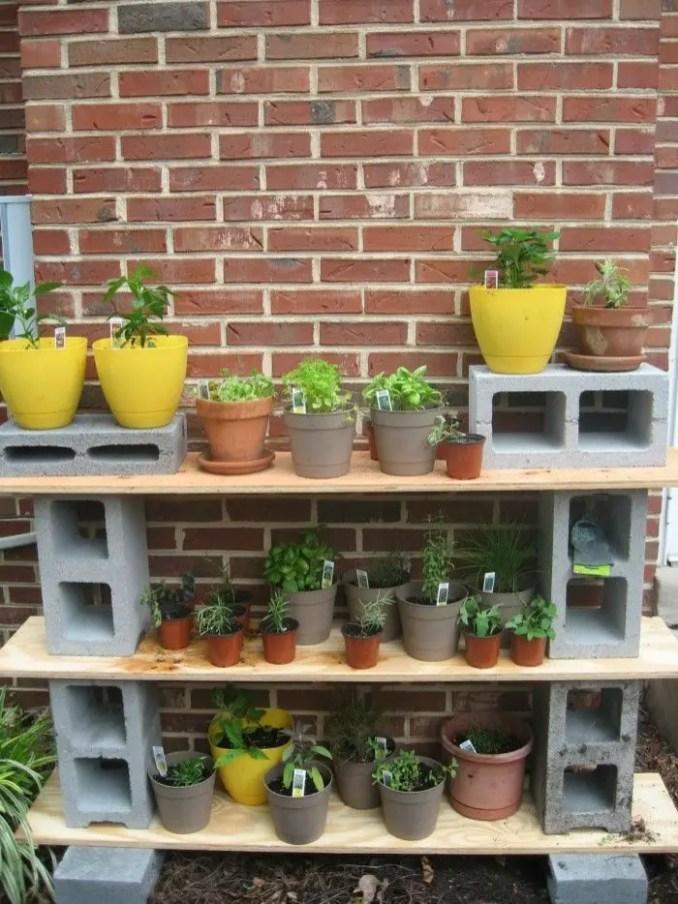 The best cinder block garden design ideas in your frontyard 31