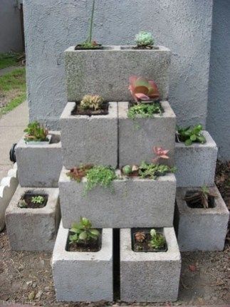 The best cinder block garden design ideas in your frontyard 41