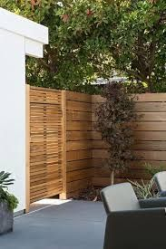 The best fence wooden design that you can try in your home 28