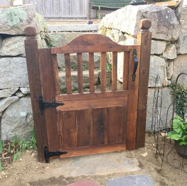 The best gate design ideas that you can copy right now in your home 12