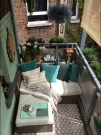 Beauty view design ideas for balcony apartment that make you cozy 02