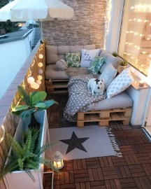 Beauty view design ideas for balcony apartment that make you cozy 04