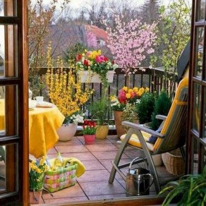 Beauty view design ideas for balcony apartment that make you cozy 22