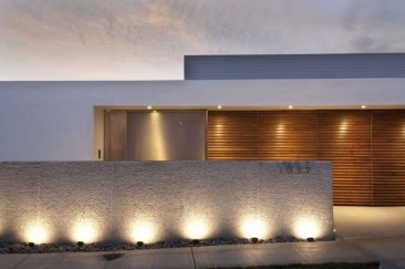 Front yard exterior design with beautiful garden lights 05