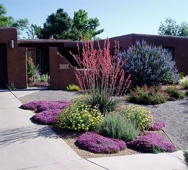 The best and stunning front yard design 34