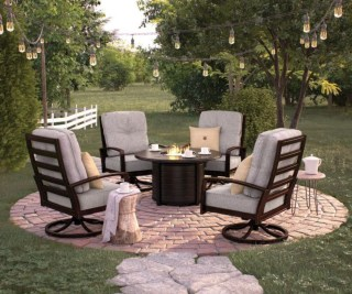 The best backyard design ideas for family gathering parks 02