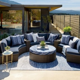 The best backyard design ideas for family gathering parks 16