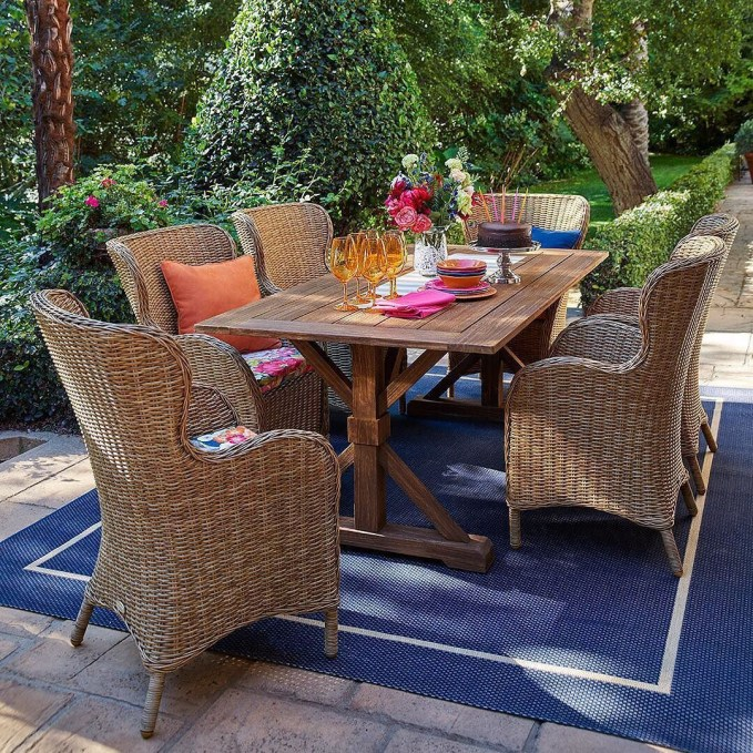 The best backyard design ideas for family gathering parks 37