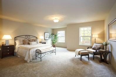 The best design of the carpet floor bedroom that inspiring 35