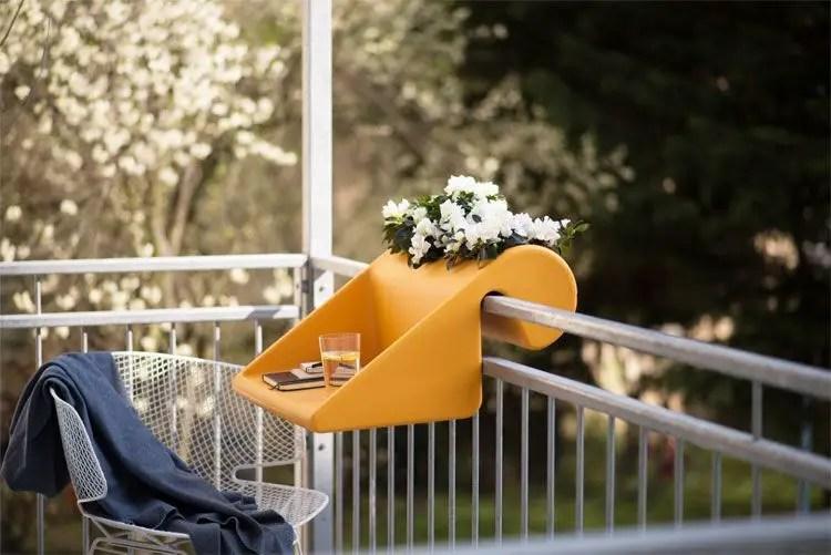 The best mini bar design ideas in balcony apartment 10