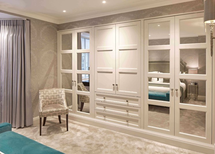 Wardrobe design ideas that you can try in your home 21