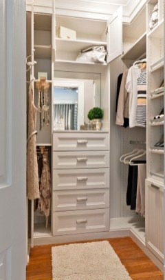 Wardrobe design ideas that you can try in your home 34