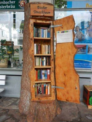 Wooden cabinet design ideas for book diy that you can make in your home 40