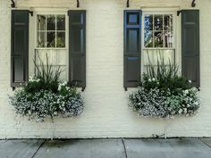 Exterior decoration ideas with flower in window 47